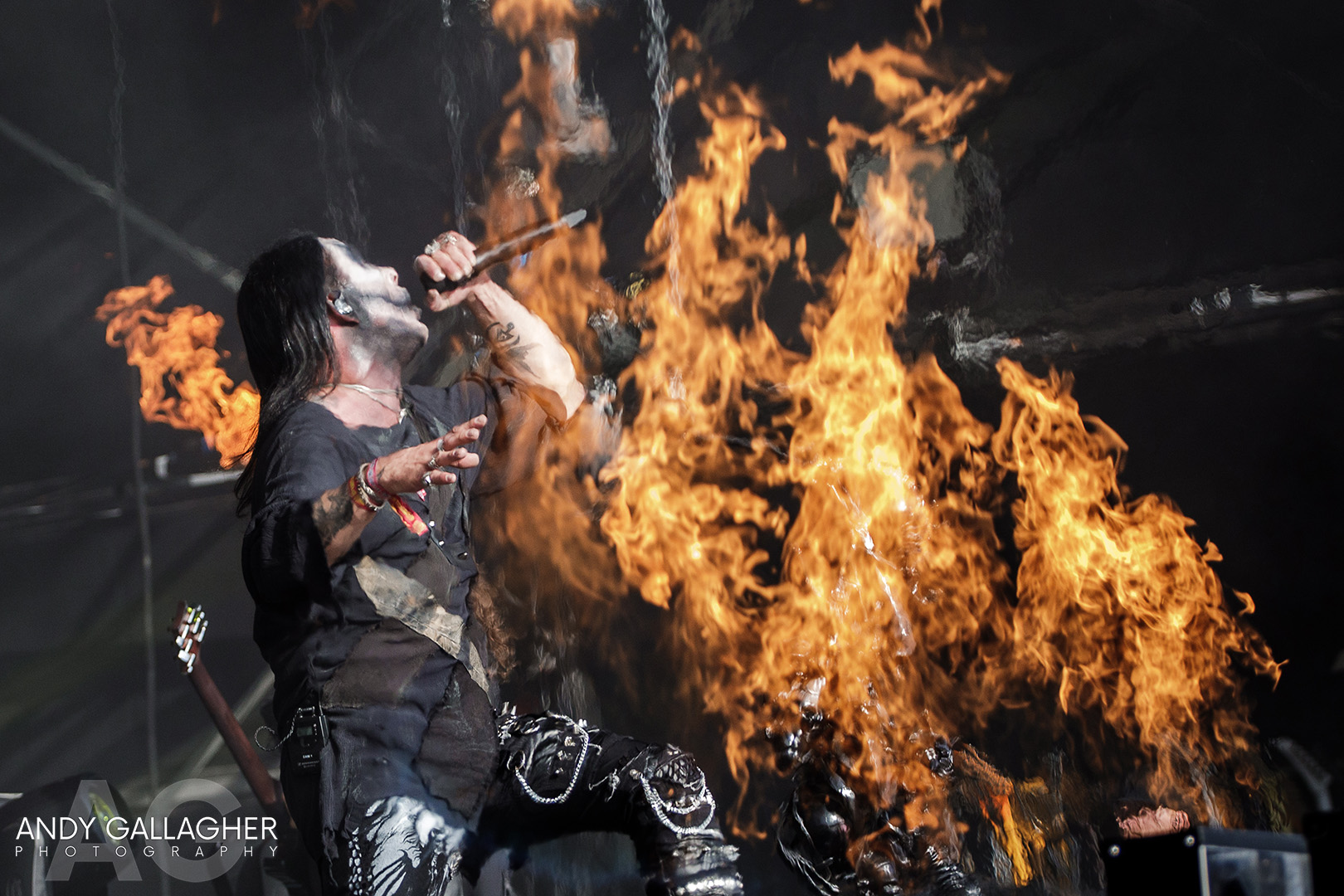 Cradle Of Filth – Fire, More Fire & Then Some More Fire!