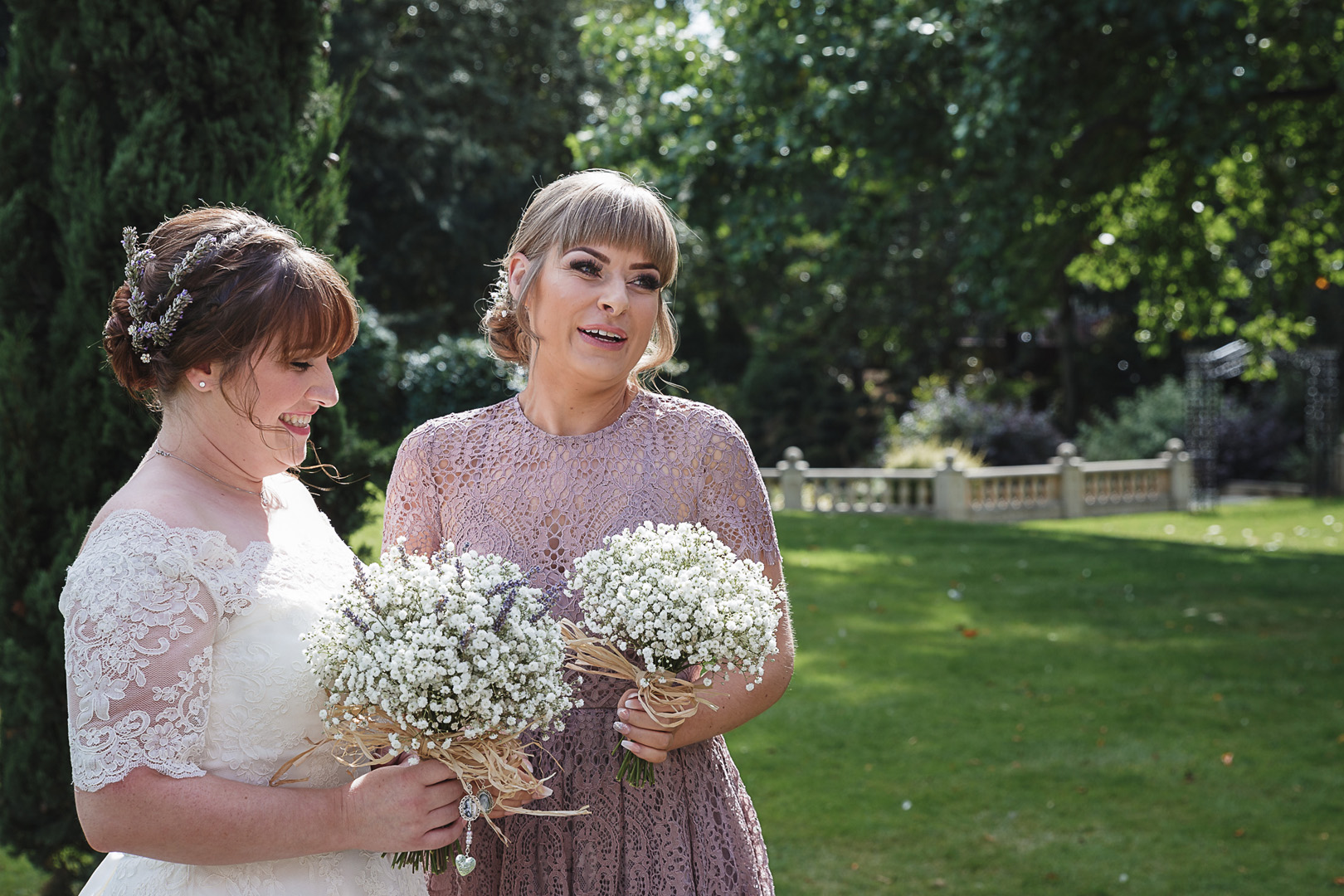 bride and bridesmaid at west retford hotel wedding